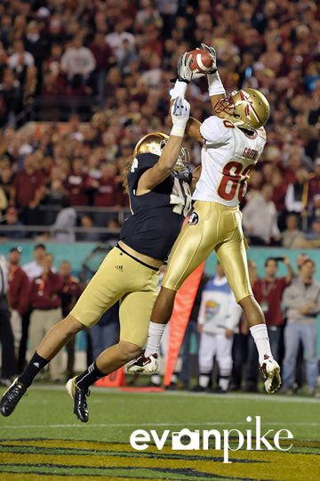 NCAA Football 2011: Champs Sports Bowl Notre Dame Fighting Irish vs Florida State Seminoles DEC 29