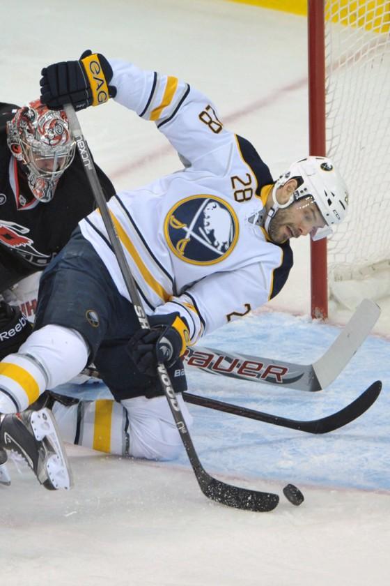 NHL Hockey: Buffalo Sabres vs Carolina Hurricanes JAN 06