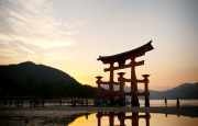 https://www.evanpike.com/new_site/wp-content/uploads/2012/03/Japan-Photo-Guide-372-1200x1803.jpg